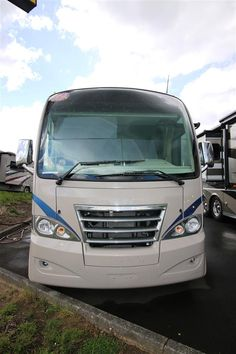 Used 2012 Holiday Rambler Vacationer Class A Gas Motorhomes For Sale In Coburg, OR - EUG543518A - Camping World