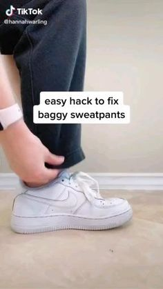 Casual School Outfits, Cute Casual Outfits, Retro Outfits, Outfits For Teens, Baggy Sweatpants, Sweatpants Style, Diy Fashion Hacks, Fashion Tips, Teen Fashion