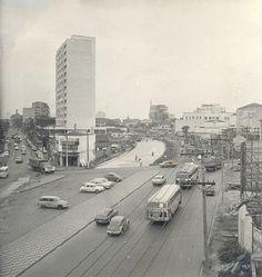 1970 - Obras civis da estação Vila Mariana do Metrô na rua Domingos de Morais com a rua Noé de Azevedo.