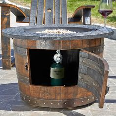 68 Ideas For Patio Furniture Fire Pit Wine Barrels Fire Pit Ring, Diy Fire Pit, Fire Pit Backyard, Outdoor Propane Fire Pit, Wine Barrel Furniture, Fire Pit Furniture, Wine Barrel Fire Pit, Fire Pit Video, Outdoor Fire