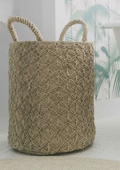 The Dharma Door - Macrame Basket - Reef Knot Natural Macrame Bag, Macrame Jewelry, Jewlery, Basket Weaving, Hand Weaving, Reef Knot, Basket Crafts, Hobbies To Try, Macrame Design