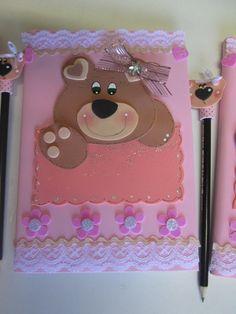 Capa de Caderno ursinho e ponteira plana