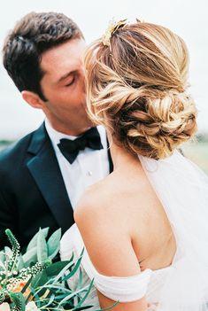 Photography: Sally Pinera - sallypinera.com Wedding Dress: Vera Wang - www.verawang.com/ Hair: Patrice Vinci Salon - www.patricevinci.com/ Read More on SMP: http://www.stylemepretty.com/2016/01/06/black-tie-garden-party-wedding/