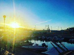 Happy hour😀#life #vita #livorno #leghorn #toscana #tuscany #italia #italy #lavenezia #porticciolo #sunset #tramonto #sun #sole #sky #cielo #tourguide #guidaturistica #igersitalia #igerlivorno #igerstoscana #mercatodelpesce #fishmarket #frittomisto