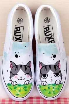 Hand-Painted Cartoon Chi's Sweet Home Canvas Round Toe Sneakers