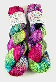 """Handgesponnen & -gefärbt - """"Vylentia"""" Merinosock - handgefärbt - ein Designerstück von faserbunt bei DaWanda"""