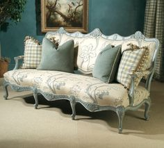 Vintage Chic ♥ French settee