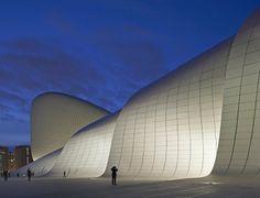 Heydar Aliyev Center - Baku, Азербайджан - 2013 - Zaha Hadid Architects