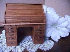 Bureau à rideau