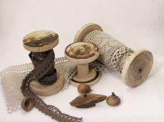 Natural Wooden Spools Set of Three Wood Spools Bobbins by katuasha