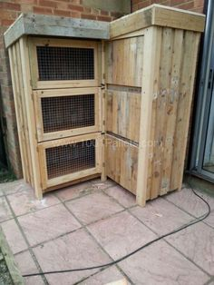 building+a+rabbit+hutch+out+of+pallets | 8ft corner rabbit hutch . Our frenchies love it. All out of pallets ...