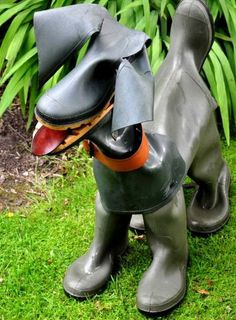 Dogs made from old rubber boots | 1 Design Per Day--2 CUTE FOR 2 WORDS!!