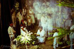 Mexico Wedding Rituals & Traditions http://prettychickfindings.com/2013/03/03/mexicos-wedding-rituals-and-traditions/  Photo by: Rodrigo del Rio Lozano Photography