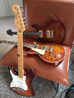 PRS Custom 22 and Maybach LP 59 model and Fender Stratocaster USA - FSR. Lefty Guitars, Fender Stratocaster, Maybach, Left Handed, Musical Instruments, Sunday, Board, Model, Guitars