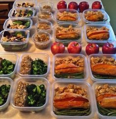 Planning ahead is the key to staying on track! Every meal you prepare in advance spares you loads of unnecessary extra calories that we consume as we go about our busy lives and often need to eat on the run. #DreamItDoIt #YBY