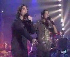 Manuel Carrasco y Miguel Nández - Amiga mía - YouTube
