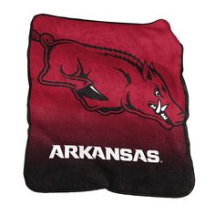 Logo Brand Arkansas Razorbacks Raschel Throw Blanket, Red