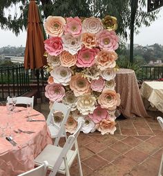 One of our most popular color combinations 🙌🏼🙌🏼 💕 Remember to book with time as some of our dates have been completely booked through June 2017 #paperflowers #handmadepaper #handmadepaperflowers #flowerwall #wedding #bridalshower #babyshower #losangeles #rentals #eventplanning #sweetstable #desserttable