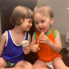 Bentley and William Cute Asian Babies, Korean Babies, Cute Babies, Cute Little Baby, Little Babies, Baby Kids, Superman Kids, Ulzzang Kids, Beautiful Children