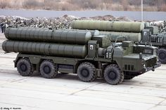 First open rehearsal in Alabino of 2017 Victory Day Parade - Vitaly Kuzmin Armored Truck, Ballistic Missile, Army Vehicles, Military Equipment, Armed Forces, Warfare, Aircraft, Trucks, Platforms