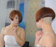 Sexy Bob Haircut, Bob Haircut With Bangs, Short Bob Haircuts, Asian Short Hair, Short Hair Cuts, Short Hair Styles, Shaved Bob, Shaved Nape, Undercut Hairstyles