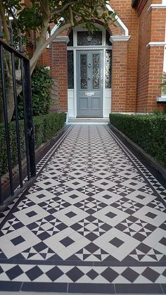 black and white victorian reproduction mosaic tile path battersea York stone rope edge buxus london front garden White Mosaic Tiles, House Front, Victorian Front Doors, House Exterior, Victorian Mosaic Tile, Porch Tile, Edwardian House, Victorian Front Garden, Front Path