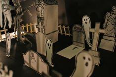 Le blog de Gabrielle Aznar: Le cimetière en papier ♦ DIY Papier Diy, Diy Paper, Decoration, Cemetery, Darth Vader, Blog, Character, Decor, Blogging