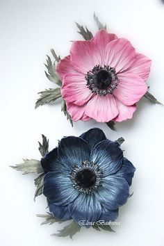 Buy or order an Anemone leather brooch & # Indigo & # in the online store at the Fair of Masters. Anemone leather brooch & # Indigo & # A graceful Anemone flower with leaves on a stalk Polymer Clay Flowers, Ceramic Flowers, Fondant Flowers, Sugar Flowers, Giant Flowers, Diy Flowers, Anemone Flower, Flower Art, Crepe Paper Flowers