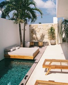 Poolside naps at 😴 ⠀⠀⠀⠀⠀⠀⠀⠀ Outdoor Pool, Outdoor Spaces, Outdoor Gardens, Outdoor Living, Outdoor Decor, Backyard Pool Designs, Backyard Landscaping, Small Backyard Pools, Pool Decks