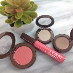 Get your natural glow on with HAN Skin Care Cosmetics! Products shown: Pressed Blush in Strawberry Pink, Moisturizing Lip Gloss in Pink Lemonade, Eyeshadow in Cool Coconut, Eyeshadow in Charming