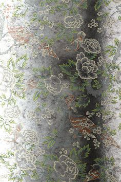 Anna French Wallpaper and Fabric - Wild Flora - Songbirds - Gold on Tarnished Foil (Mirror)