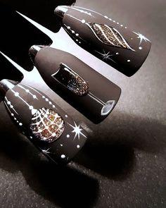 Likes, 1 Kommentar - Маникюр. - Xmas Nails - # comments # plays # likes. Xmas Nail Art, Cute Christmas Nails, Christmas Nail Art Designs, Holiday Nail Art, Xmas Nails, New Year's Nails, Winter Nail Designs, Winter Nail Art, Winter Nails