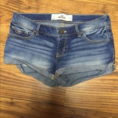 Hollister Shorts hardly worn, in perfect condition! Hollister Shorts Jean Shorts