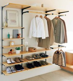 Open wardrobe traditional wardrobe furniture Open wardrobe traditional wardrobe furniture The post Open wardrobe traditional wardrobe furniture appeared first on Kleiderschrank ideen. Bedroom Closet Design, Wardrobe Design, Closet Designs, Bedroom Decor, Organiser Son Dressing, Simple Closet, Wardrobe Closet, Diy Home Decor, Wardrobe Furniture