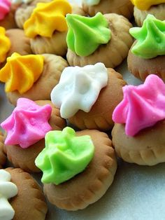 Iced Gems, otherwise known as those fantastic biscuits with bright, multi-coloured sugar top