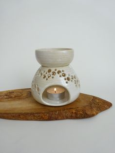 Handmade Ceramic Essential Oil Burner - Creamy spotted White Essential Oil Diffuser - Aromatherapy by viCeramics on Etsy