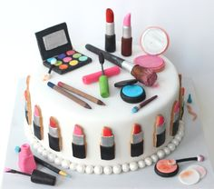 Make Up Cake By Bakedideas Makeup Cakes Tortas De Maquillaje Make Up Torte, Make Up Cake, Birthday Cupcakes For Women, Birthday Cake Girls, Birthday Ideas, Birthday Woman, Makeup Birthday Cakes, Online Cake Delivery, Pinterest Cake