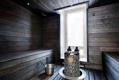 sauna-modern-mustavalkoinen-sisustus Sauna A Vapor, Finnish Sauna, Spa, Saunas, Bath, Helsinki, Home Decor, Homes, Trendy Tree