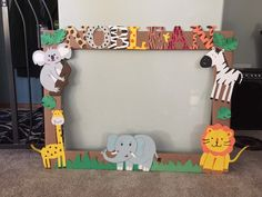 Dschungel / Safari Party Idee, Well, that relies on any type Safari Birthday Cakes, Baby Boy 1st Birthday Party, Jungle Theme Birthday, Jungle Theme Parties, Safari Theme Party, First Birthday Parties, Birthday Ideas, Safari Party Decorations, Animal Themed Birthday Party