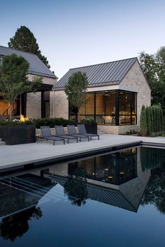 Modern Barn House, Modern House Design, Modern House Exteriors, Modern Cottage, Modern Homes, Future House, My House, Casas Containers, Modern Farmhouse Exterior