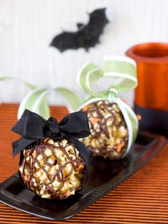 10 Popcorn Ball Recipes for Halloween