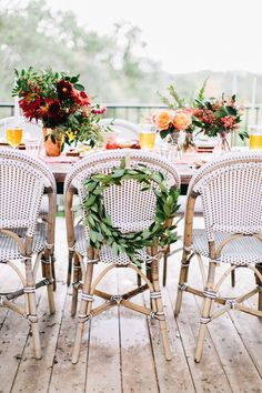 Al Fresco Rustic Italian Dinner Party with Riviera Chairs. dinner party The Easiest Dinner Party I've Ever Thrown Outdoor Table Settings, Outdoor Dining, Rustic Italian, Party Lights, Wedding Chairs, Wedding Table, Party Entertainment, Outdoor Entertaining, Outdoor Parties