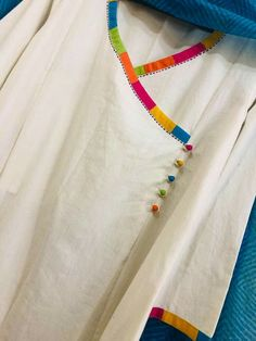 Sleeves Designs For Dresses, Neck Designs For Suits, Neckline Designs, Dress Neck Designs, Sleeve Designs, Simple Pakistani Dresses, Pakistani Fashion Casual, Pakistani Dress Design, Ladies Kurti Design