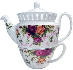 Royal Albert China - Old Country Roses - Pierced Collection