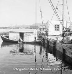 Florø by, hamneområde i indre hamn ved moloa. Dykkerbåten til dukkar Svein Seljeseth. Pictures