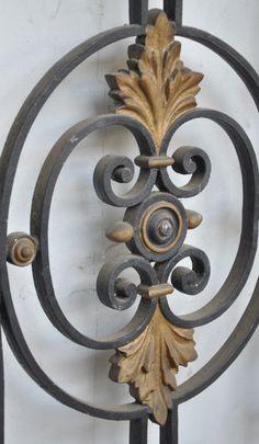 Cast iron window grille period 19th century 3