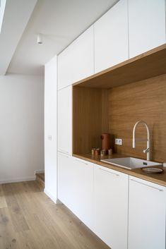 Kitchen Decor, Home Decor Kitchen, Kitchen Space, Bathroom Interior, Kitchen Cabinets, Industrial Decor Kitchen, Kitchen Design, Green Kitchen, Contemporary Kitchen