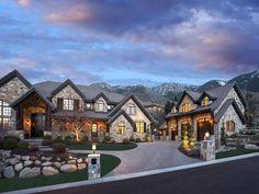casas de luxo Viking Creek - The Lodge at Whitefish Lake Luxury House Plans, Luxury Homes Dream Houses, Dream House Plans, Dream Homes, Luxury Homes Exterior, Dream House Exterior, Style At Home, Dream Home Design, Modern House Design