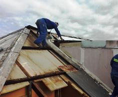 bad condition the roof is in will always be revealed after you start stripping #rusted Sheets