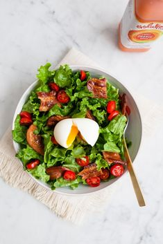 Tasty Breakfast Salad (jchongstudio.com) | #Healthy #Salad #GreenLeafyVegetables #Breakfast #Fruit #Vegetables #Egg #Strawberry #Berry #Spring #Fruit #LowCarbohydrate #ToMake